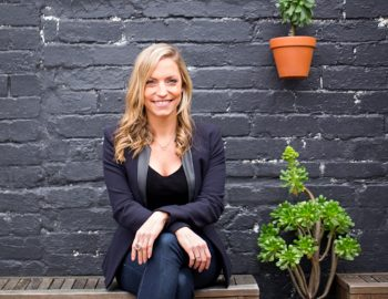 UC 295: Less Carb Higher Fat & Fasting for Fat Loss, Hormone Control and Gut Health with The Natural Nutritionist Steph Lowe