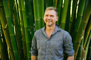 100NO 418: Guy Lawrence on breathwork, stress and meditation